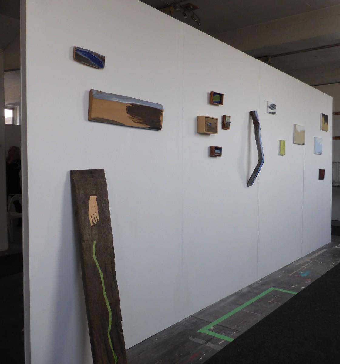 stand kunstbeurs van Fred Geven (l.) en Paul Corvers (r.)